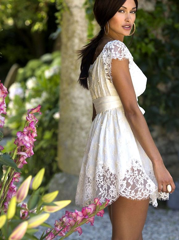 Marjolaine - Dress in crepe and lace Manon